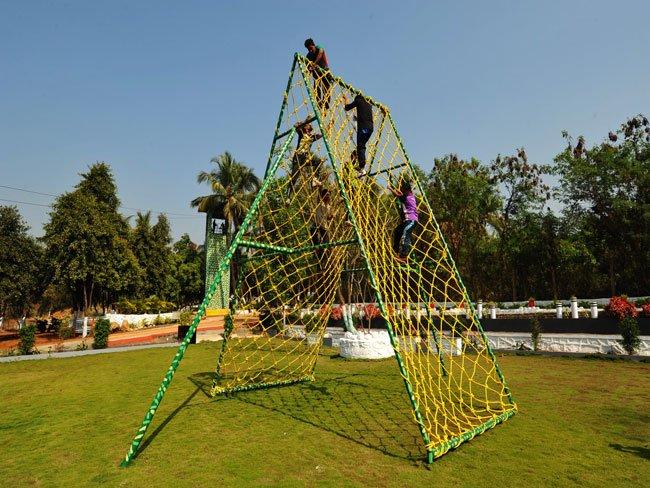 Cargo Net with Jackup ladder
